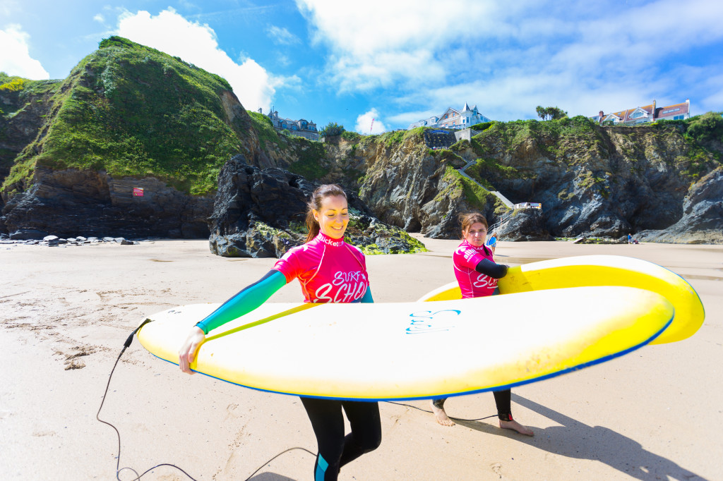 ttrg-elle-surf-lesson-9945